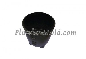 Injection molded plastic pail