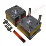 Plastic injection molding mould