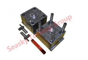 Plastic injection mould factory