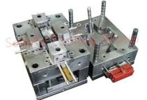 Plastic injection mold manufacturing for UK