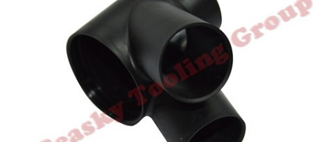 Custom plastic pipe fitting manufacturing