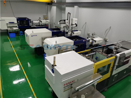 Clean room injection molding plant China